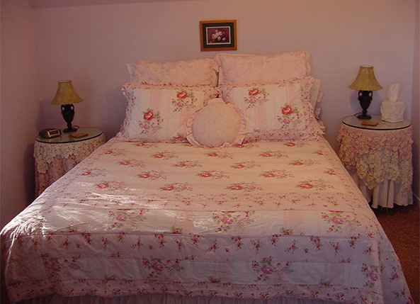 Bedroom | Yosemite,CA | Apple Blossom